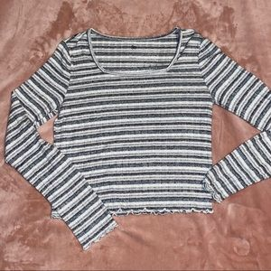 Long Sleeve Striped Crop Top: Size Large
